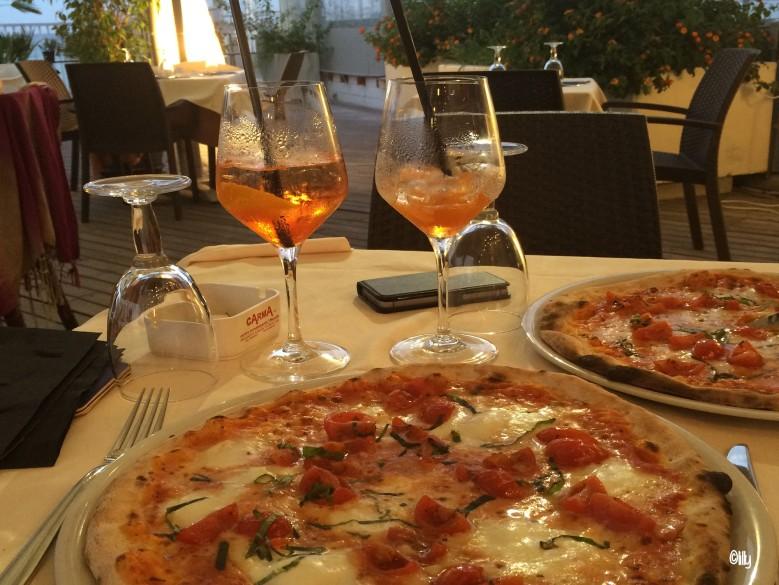 Sardaigne_spritz_pizza©lespetitsvoyagesdelilly