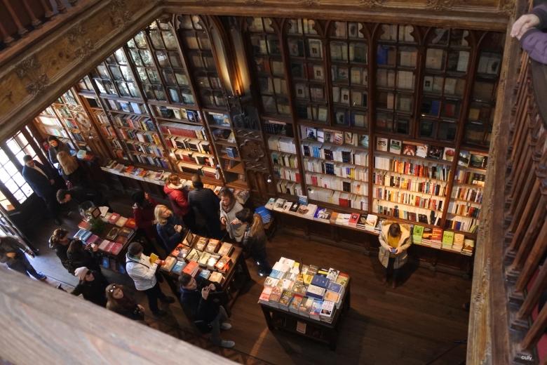 Porto_librairie9_©Lilly