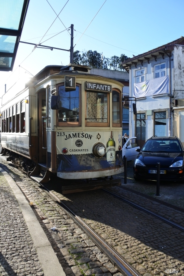 Porto_tram2_©Lilly